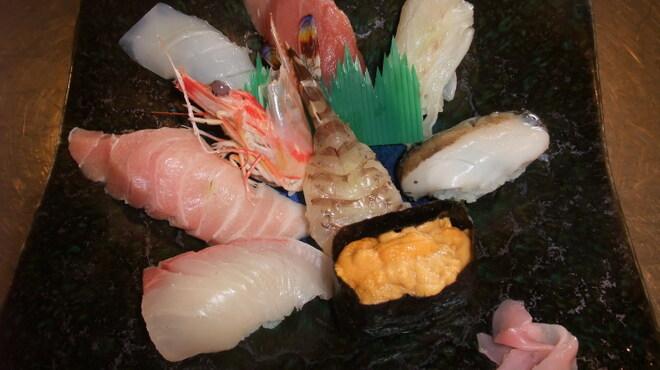 魚庄 - 料理写真:魚庄 自慢の上にぎり2,100円