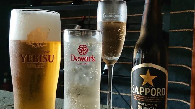 餃子ノあん GYOZA RESTAURANT&BAR - ドリンク写真:ビール&ハイボール