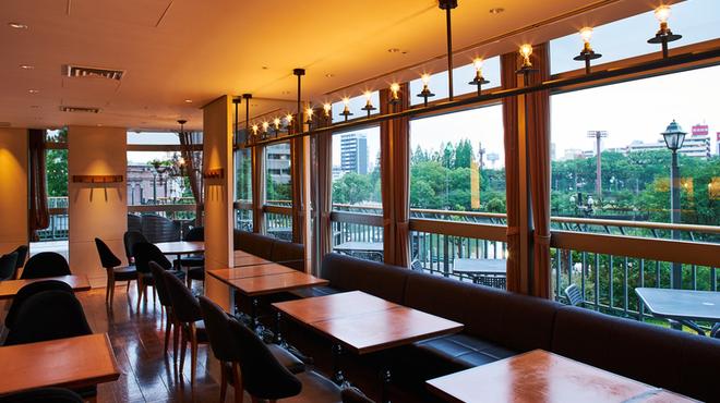 ミュゼリバーサイド レストラン&バーベキュー - メイン写真: