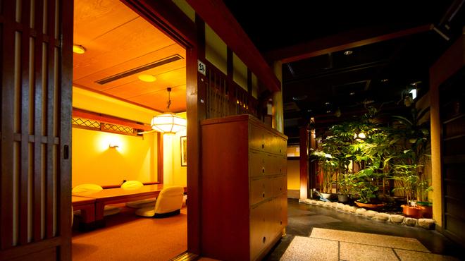 平八亭 - 内観写真:旅館を思わせる、癒しの空間。