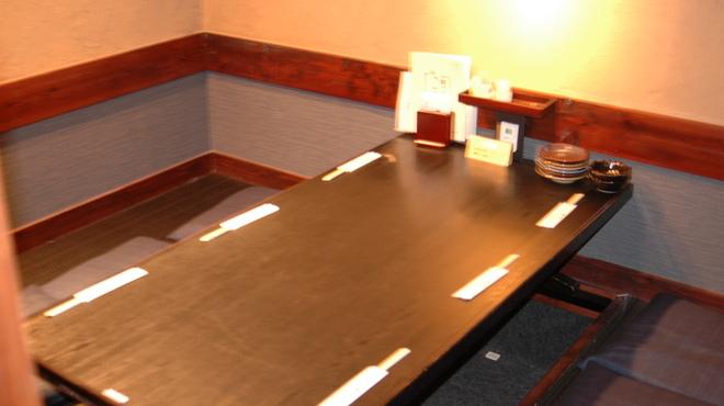 鍛冶屋 文蔵 - 内観写真:大小個室ございます。