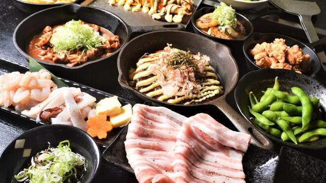 下町鉄板台所 蔵之蔵 - 料理写真:ボリューム満点の鉄板料理が揃う『宴会コース」