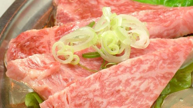 銀鍵3・6焼肉店 - 料理写真:和牛カルビ 850円