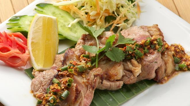 タイガーデン - 料理写真:14..コウムゥヤーン(豚トロのグリル)