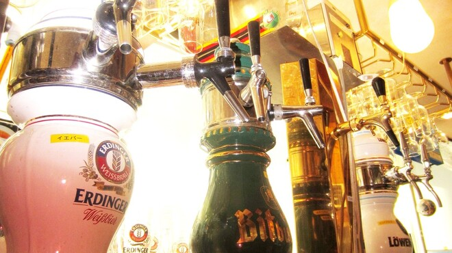 J'sベッカライ - 内観写真:ドイツ樽生ビール・専用サーバー・専用グラス&ジョッキでお出しします