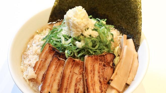 名古屋辛麺 鯱輪 - メイン写真: