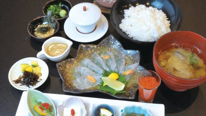 マル・マーレ - 料理写真:【期間限定】福津の鯛茶漬け