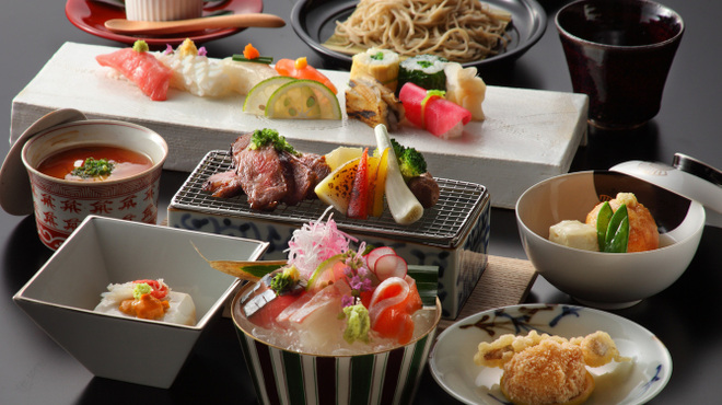 博多 十和蔵 - 料理写真:季節ごとに変わる会席料理☆