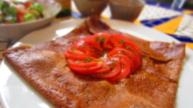 フレンチカフェレストラン 神楽坂 ル コキヤージュ - 料理写真:ランチのガレット