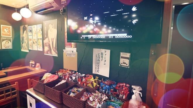 昭和レトロ鉄板酒場 のんで忘れるか - メイン写真: