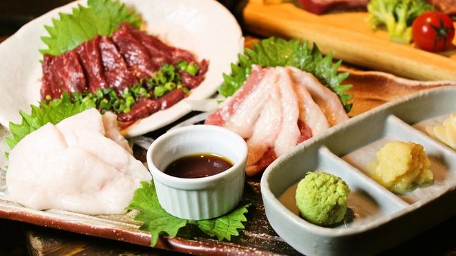肉系居酒屋 肉十八番屋 - メイン写真: