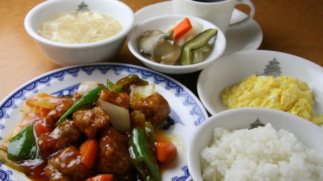 横浜中華街 北京飯店 - 料理写真:平日ランチ
