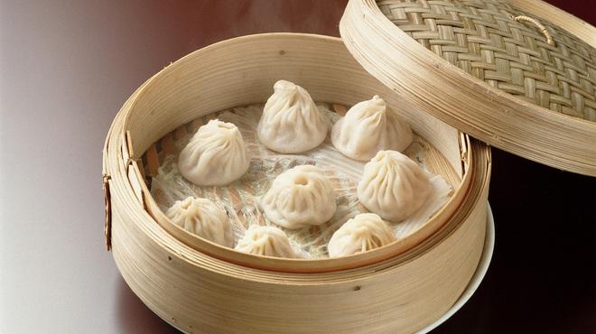 横浜中華街 北京飯店 - 料理写真:小籠湯包