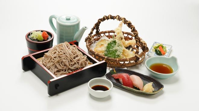 和食処 きくすい - 料理写真:天そば御膳