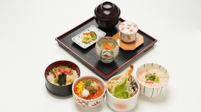 きくすい - 料理写真:選べるミニ丼セット