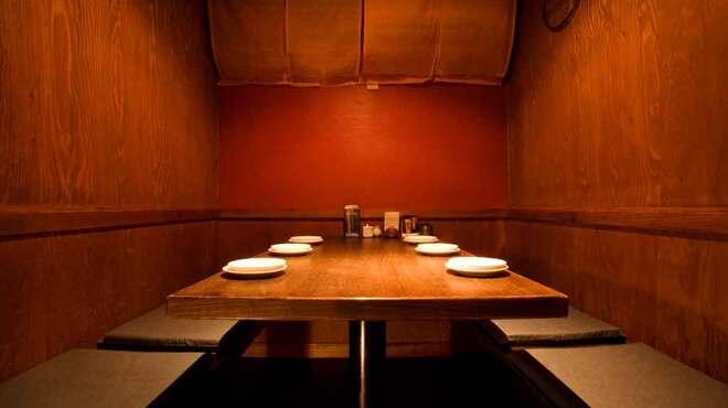 黒船 - 内観写真:プライベート重視の個室