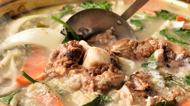尾毛多セコ代 - 料理写真:24時間コトコト煮込んだテールスープは旨味が溢れ出た至極の一杯