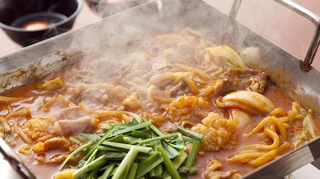 ちりとり鍋・鉄板焼 一 - 料理写真:旨いホルモンを存分にご堪能できる「ちりとり焼き」