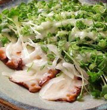 笹鮨 - 料理写真:女性客に人気の蛸サラダ♪
