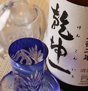 笹鮨 - その他写真:寿司や刺身にはやっぱり日本酒!