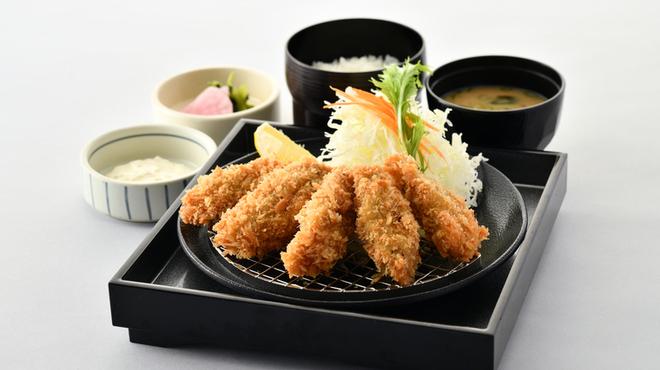 KYK - 料理写真:広島県産かきフライ膳