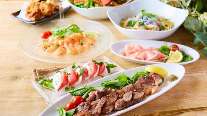 全220種類食べ飲み放題 チーズと肉バル デリカ 札幌店 - さっぽろ(札幌市営)(居酒屋)の写真3