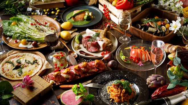 全220種類食べ飲み放題 チーズと肉バル デリカ 札幌店 - さっぽろ(札幌市営)(居酒屋)の写真1