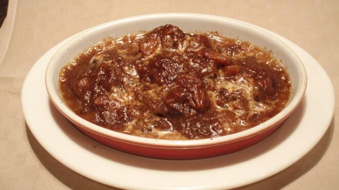 バール デ ブー - 料理写真:豚ホホ肉の赤ワイン煮 たっぷりの赤ワインで4時間煮込みました