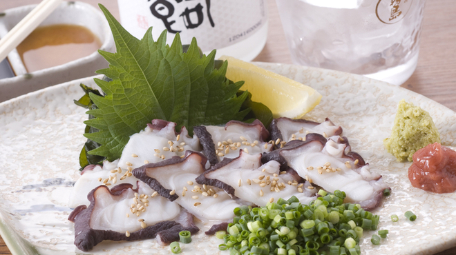 ぶらぶら - 料理写真:タコ刺し