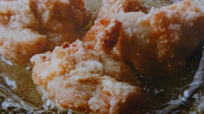 はーべすと - 料理写真:ジューシー鶏の唐揚げ