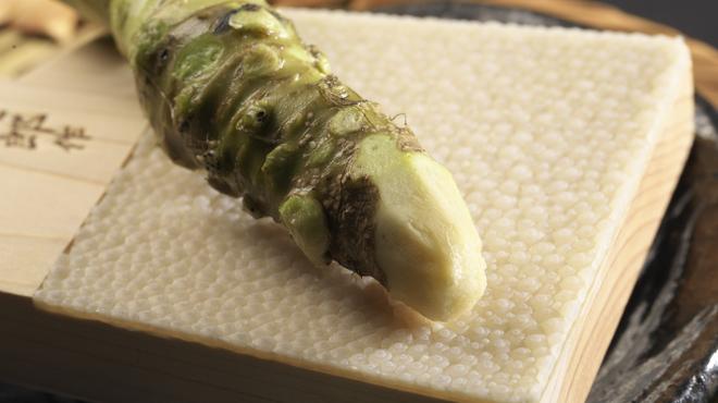 かね竹 - 料理写真:静岡の日本最古の農園より直送された本わさびでご堪能下さい。