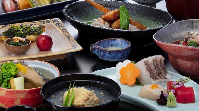 日本料理・鉄板焼 はや瀬 - 料理写真:2月梅見月昼茶時膳