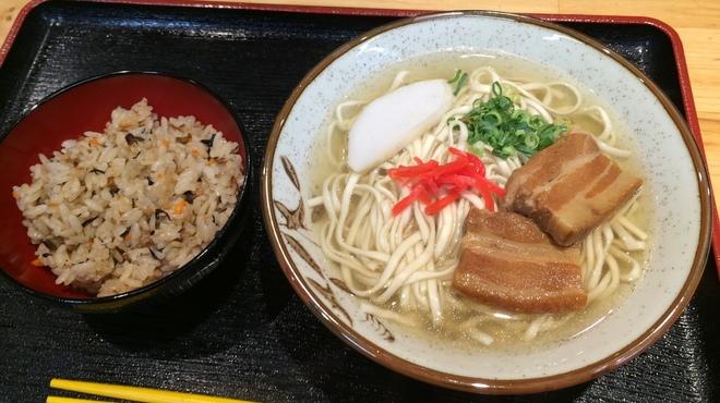 丸三(まるみつ)冷し物店 - メイン写真: