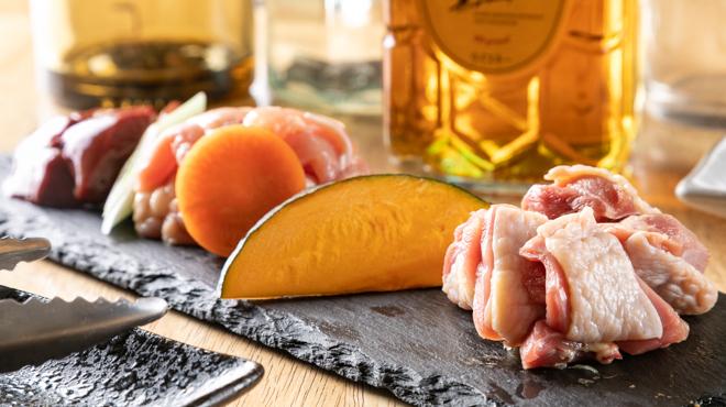 鶏焼肉と鶏料理 鶏'sすたいる - メイン写真:
