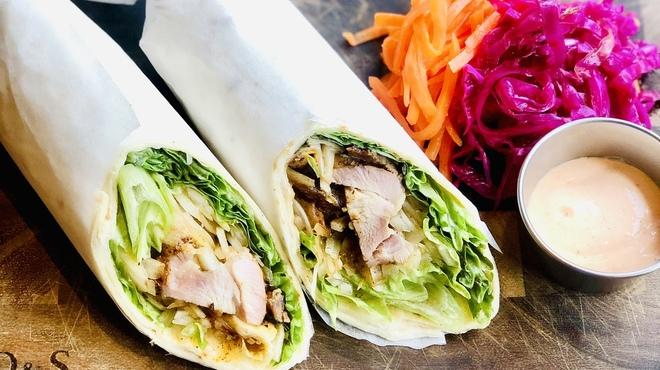 Cafe Apartment 183 - 料理写真:Cajun Chicken Wrap Roll