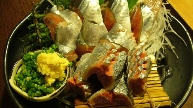 魚四季 - 料理写真:さんま刺