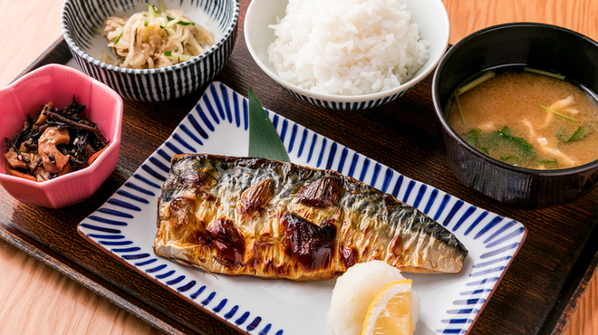 土鍋炊ごはん なかよし - メイン写真: