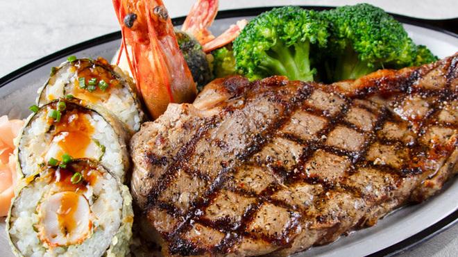 ババ・ガンプ・シュリンプ - 料理写真:★期間限定★ディープフライドシュリンプ寿司ロール&サーロインステーキ