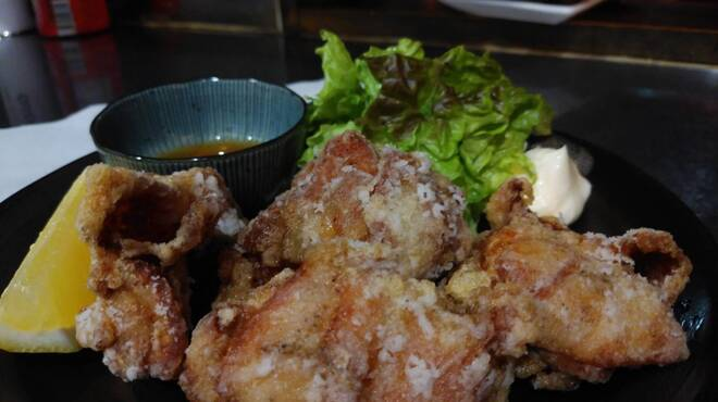 ろばたや - 料理写真:いわい鶏唐揚げ