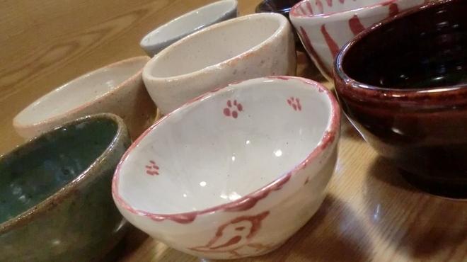 鮟鱇料理 安古 - その他写真:手作りのグイ飲みなど、陶芸が趣味の店主が心をこめたおもてなしでお迎えします。