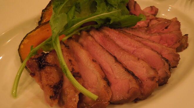 三笠バル - 料理写真:フランス産シャラン鴨のグリル \1,450