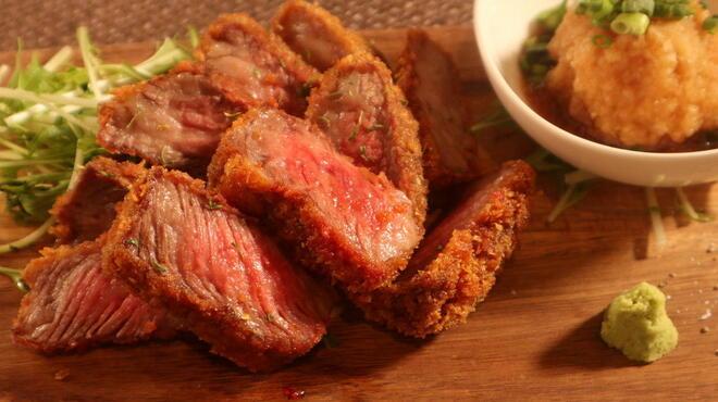 鉄板肉バルどんと - 料理写真:黒毛和牛の牛カツ