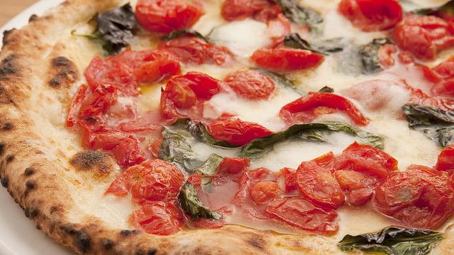 PIZZA SALVATORE CUOMO - 料理写真:やはりサルヴァトーレはD.O.C!