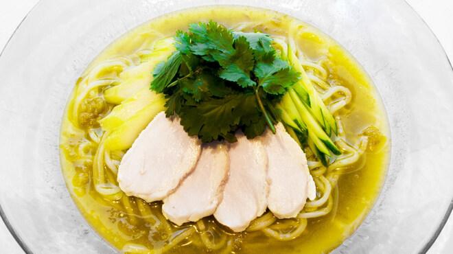 土古里 - 料理写真:パクチー冷麺