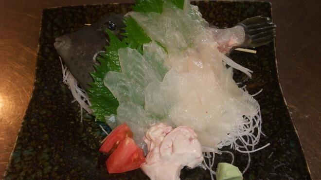 魚庄 - 料理写真:旬の本カワハギ
