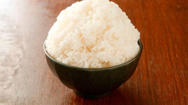 さぶらい - 料理写真:この山盛りご飯に憧れた人も多いのでは?白ごはん【昔話盛り】(300円)