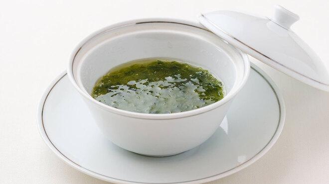 メゾン・ド・ユーロン - 料理写真:生海苔の茶碗蒸し