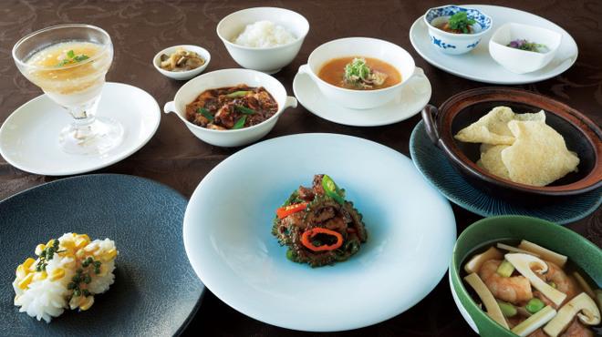 スーツァンレストラン 陳 - メイン写真: