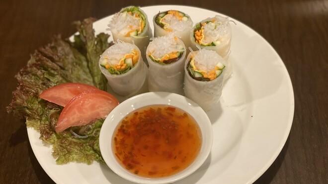 ゴダワリ カフェ&レストラン - メイン写真: