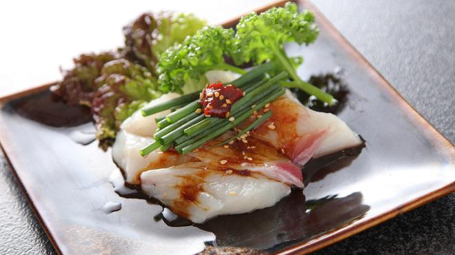 焼肉 東峯苑 - 料理写真:ふぐ湯引き刺